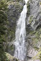 100722_6_Noby_waterfall.jpg